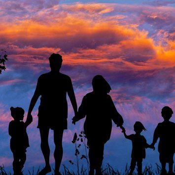 Różnice pokoleniowe a wychowanie. Jak technologia wpływa na rodzicielstwo?